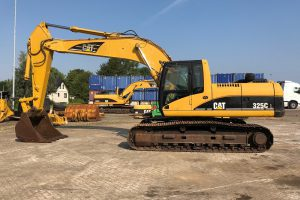 caterpillar-325CL-2005-used-machinery