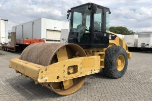 caterpillar-CS56-2012-used-machinery