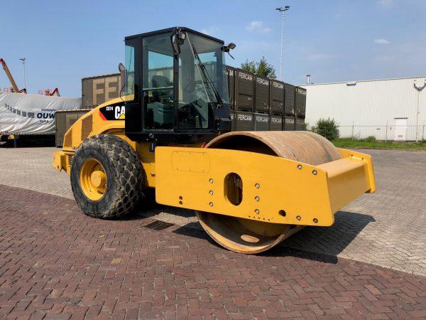 caterpillar-CS74-2012-used-machinery