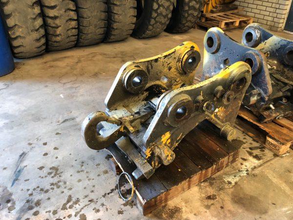caterpillar-CW45 S-2012-used-machinery