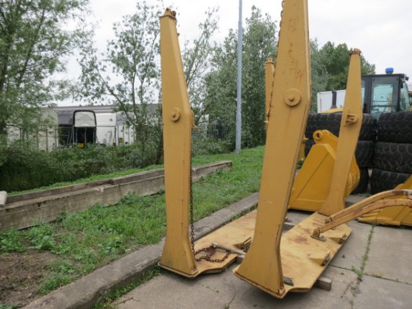 caterpillar-Tailgate CAT D 250-2000-used-machinery